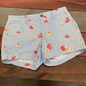 3 FOR $20 Old Navy Everyday Shorts Size 0